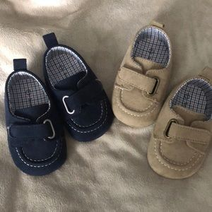 Other - Baby shoes! Perfect accessory for pictures!